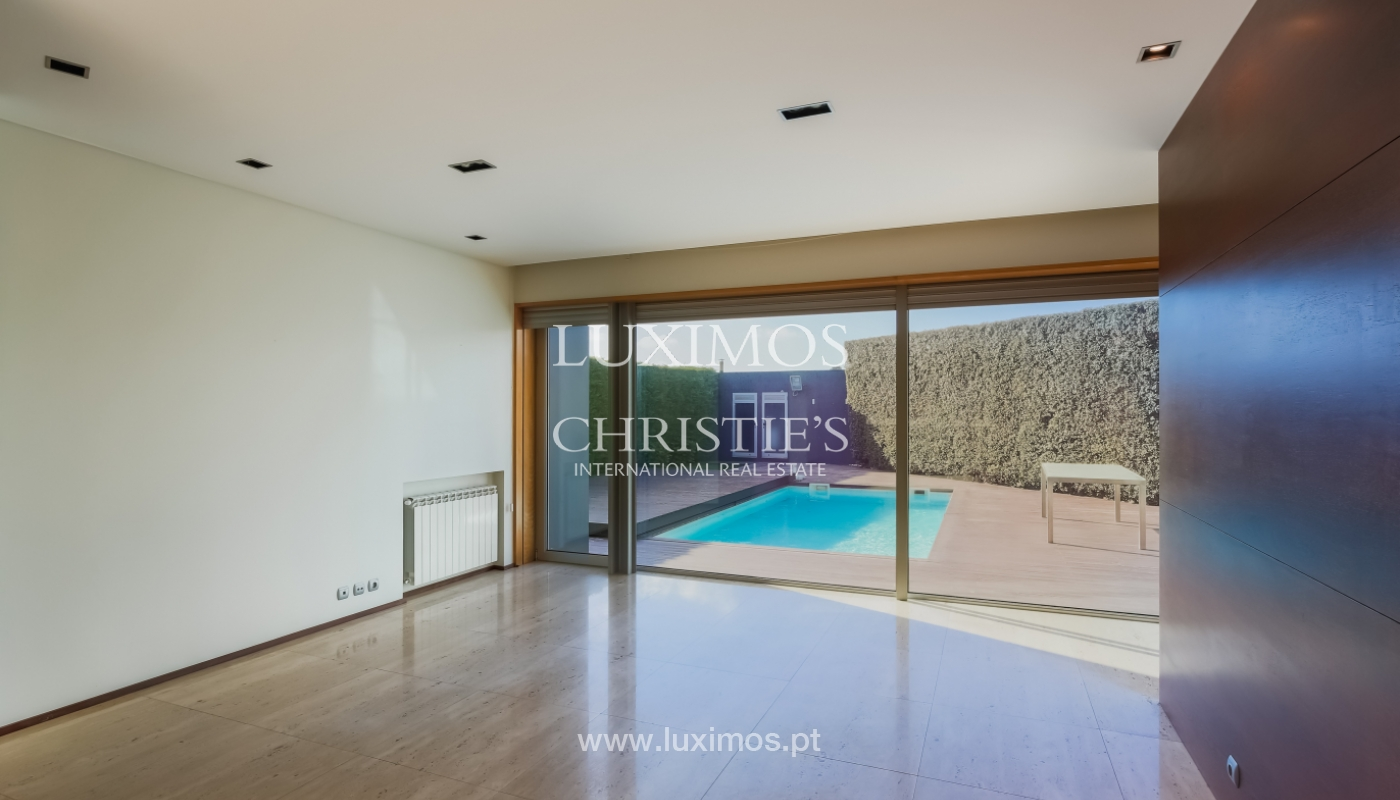 Sale contemporary villa with garden and pool, Vila do Conde, Portugal_105145
