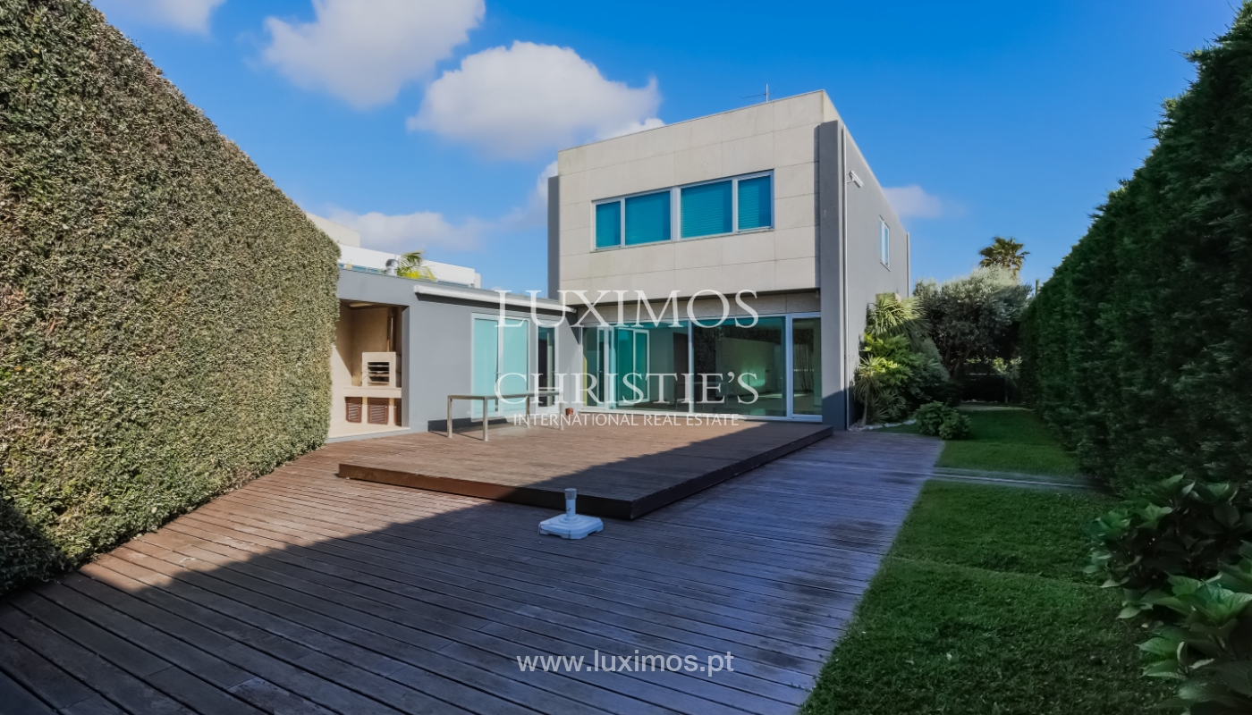 Sale contemporary villa with garden and pool, Vila do Conde, Portugal_105146