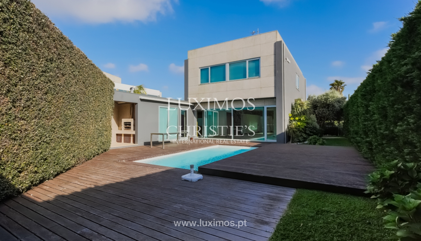 Sale contemporary villa with garden and pool, Vila do Conde, Portugal_105148