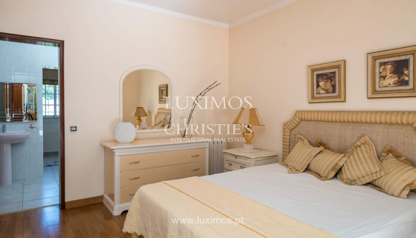 Sale of villa by golf course in Vilamoura, Algarve, Portugal_105434