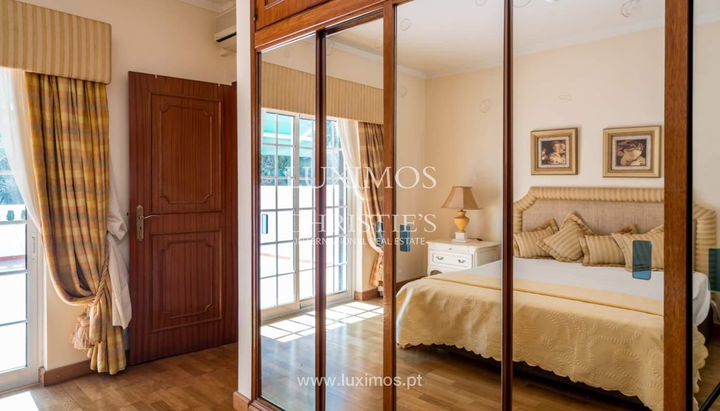 Sale of villa by golf course in Vilamoura, Algarve, Portugal_105436