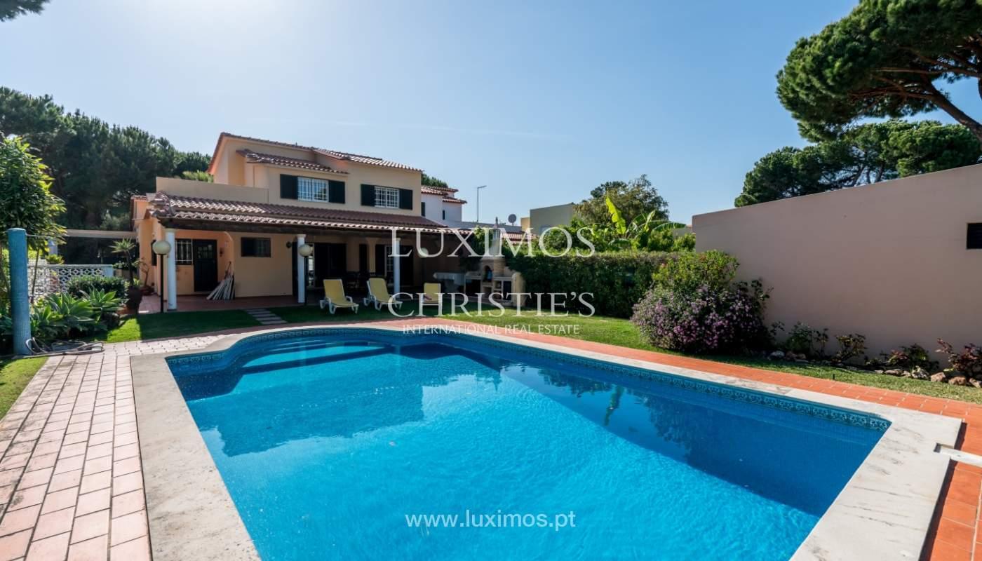 Sale of villa by golf course in Vilamoura, Algarve, Portugal_105455