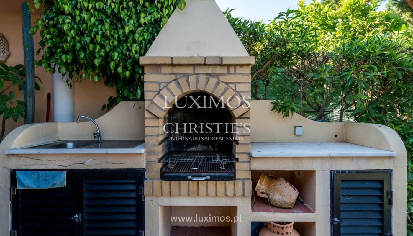 Sale of villa by golf course in Vilamoura, Algarve, Portugal_105458