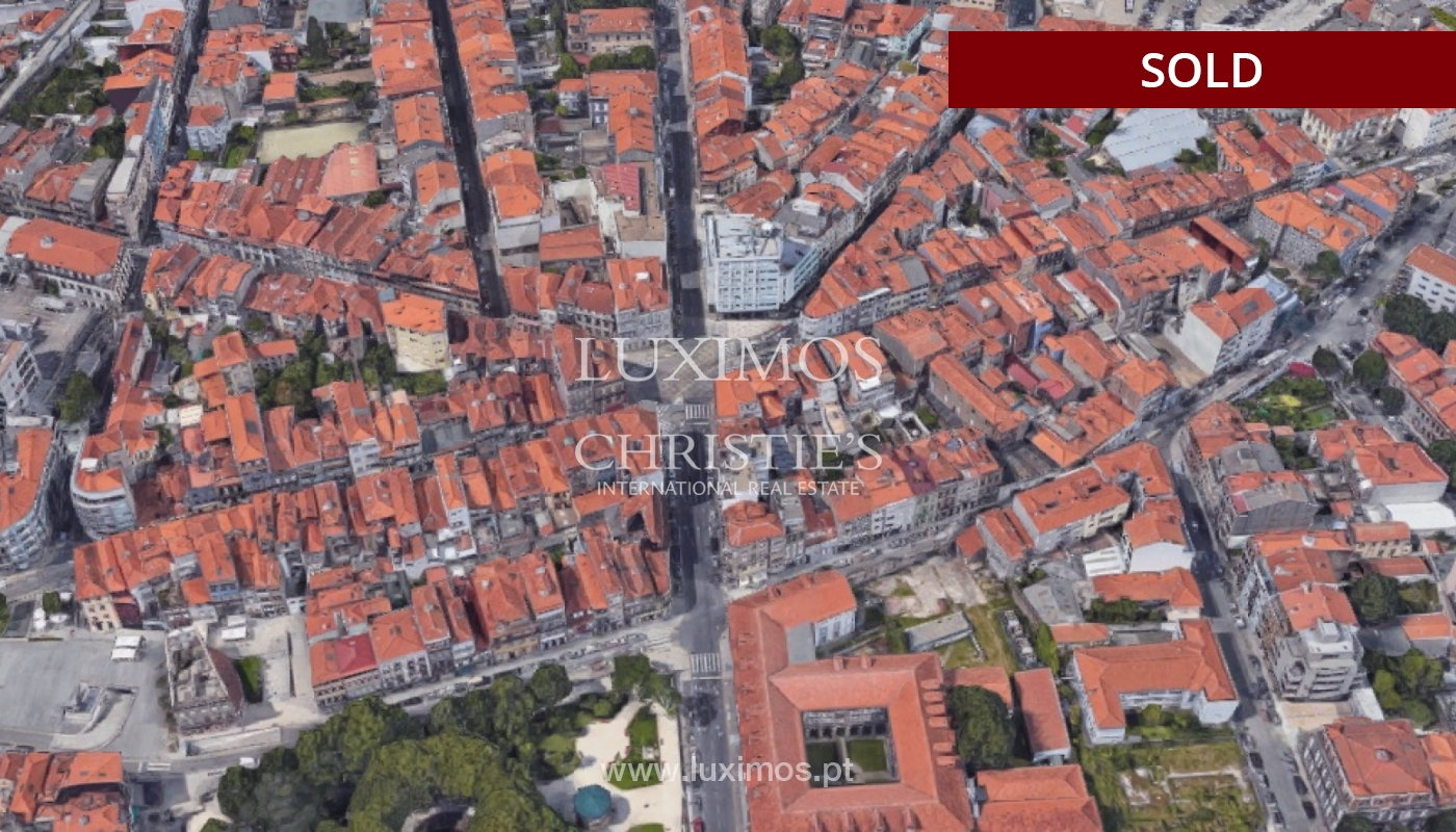 Venta de Edificio en el Centro de Porto para Rehabilitar, Portugal_105477