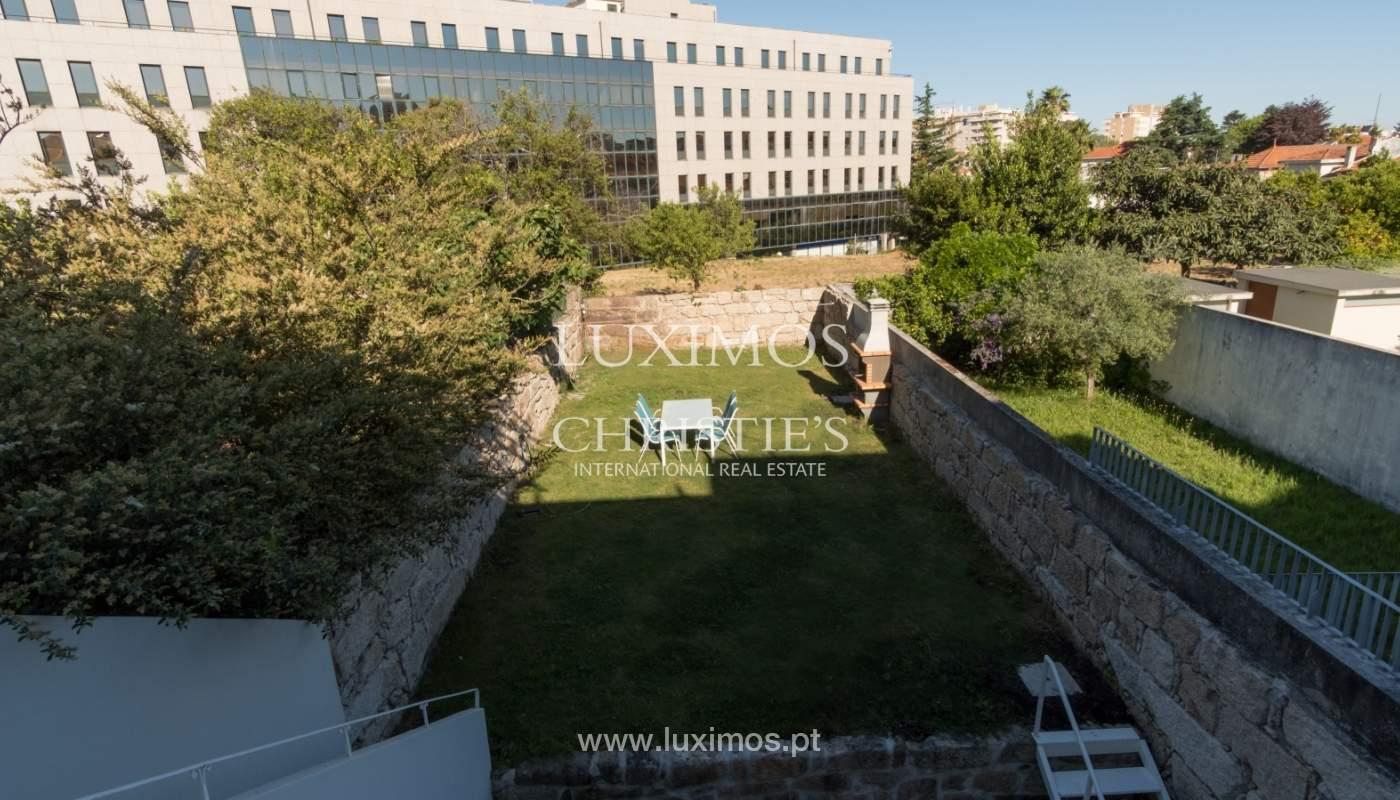 Sale of villa to renovate, near Boavista, Porto, Portugal_105750