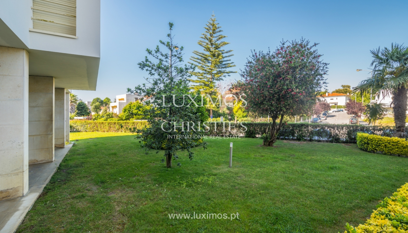 Sale of apartment in a quiet condominium, Senhora da Hora, Portugal_105817