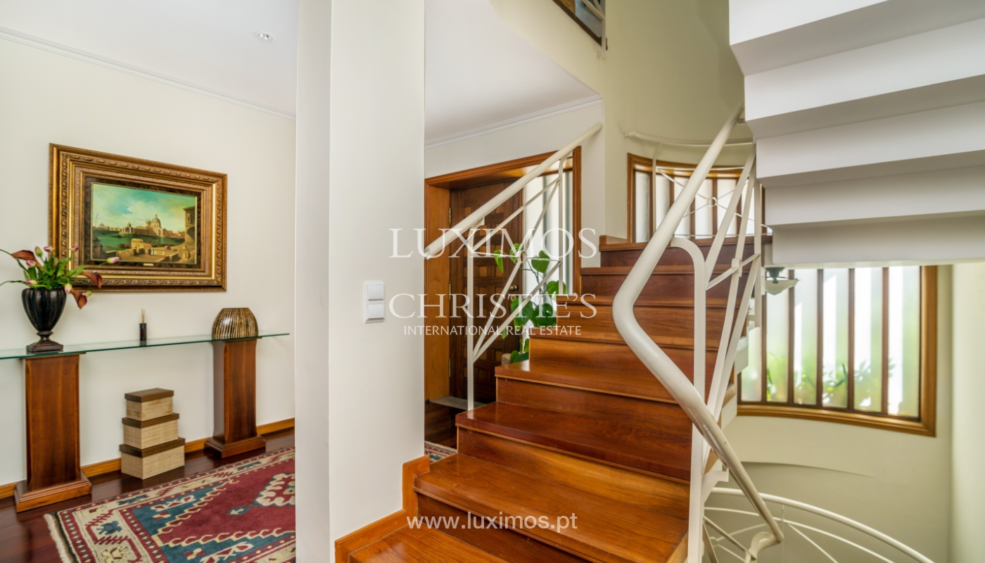 Sale of luxury house w/ pool and river front, Porto, Portugal_105855