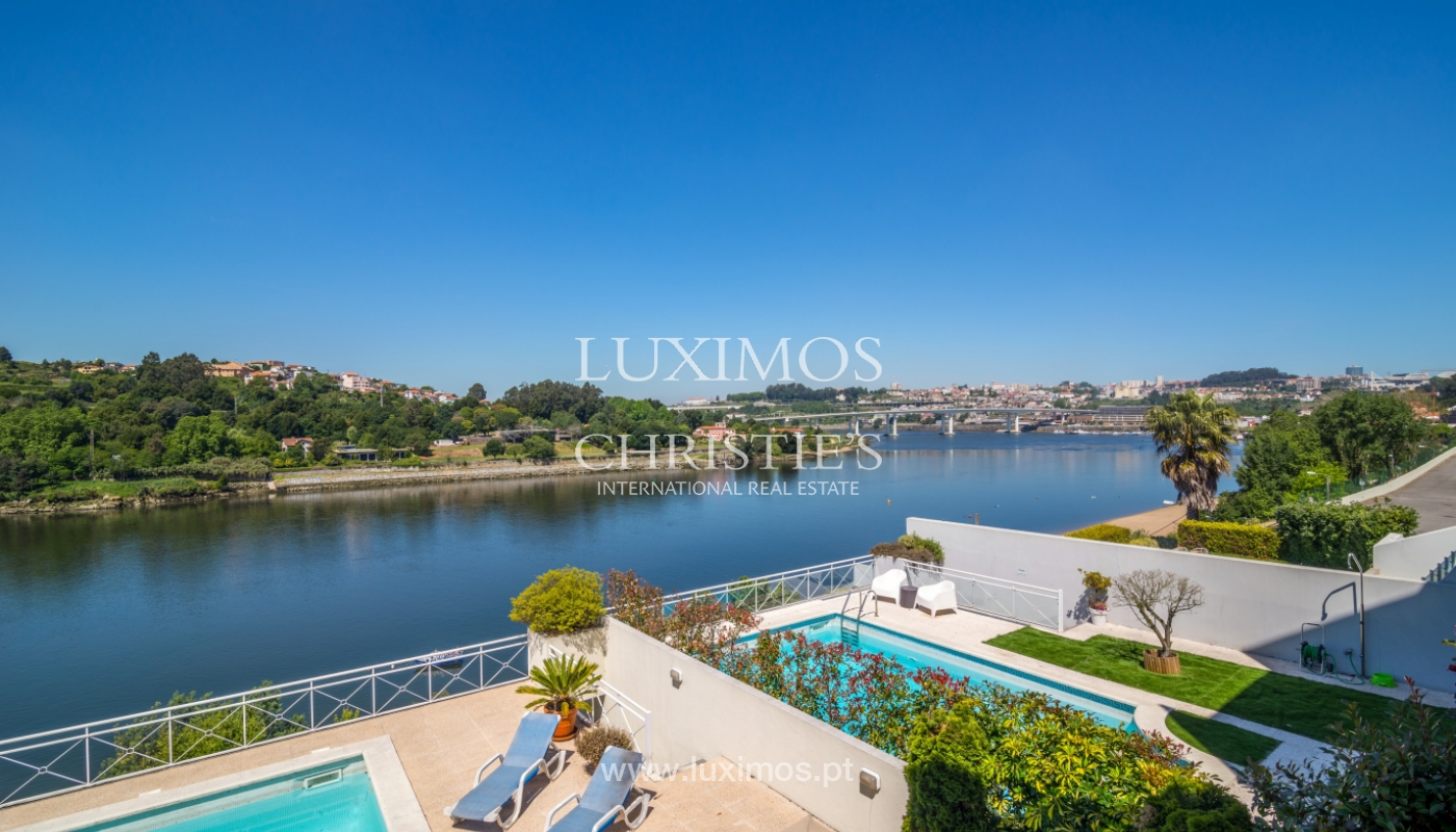 Sale of luxury house w/ pool and river front, Porto, Portugal_105868