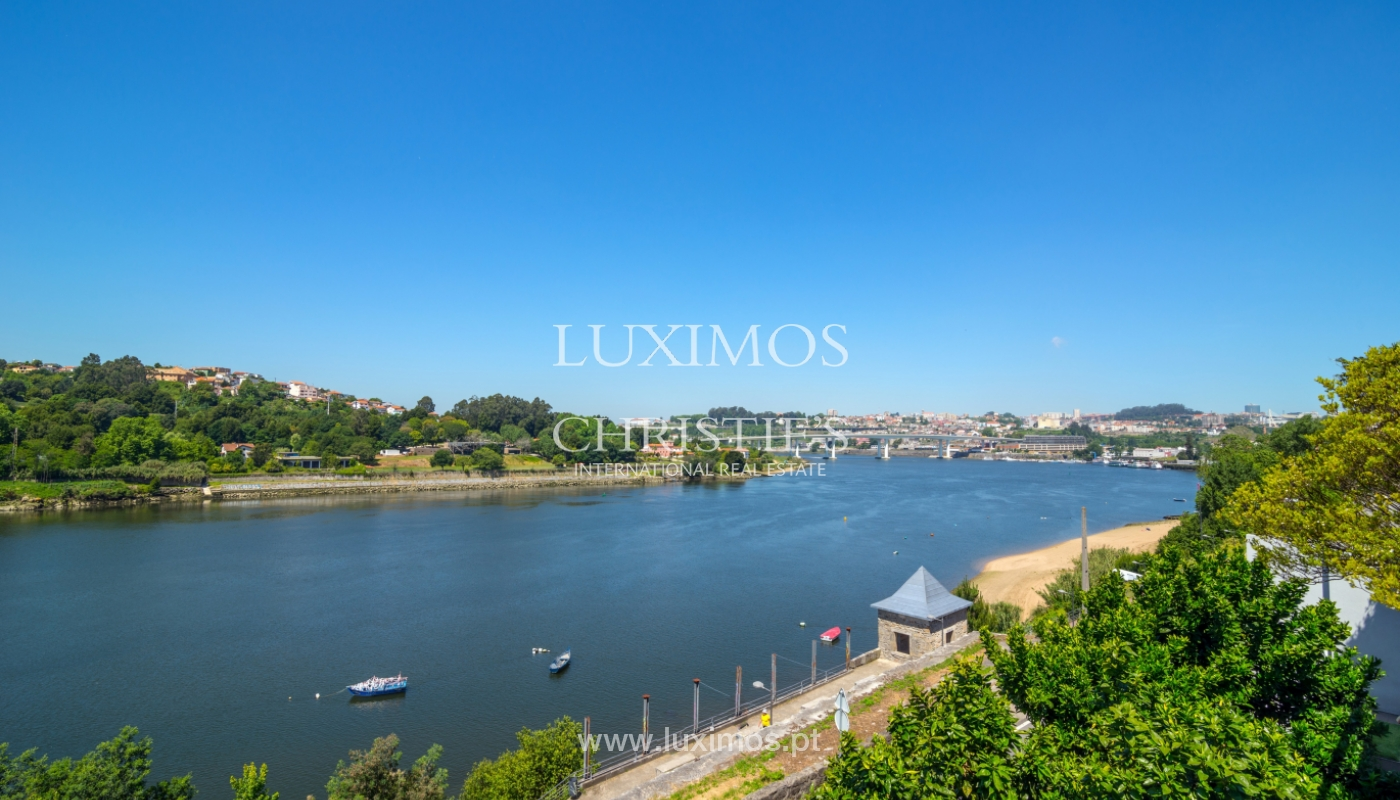Sale of luxury house w/ pool and river front, Porto, Portugal_105881