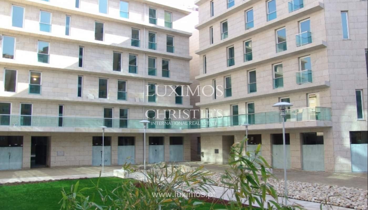 Sale luxury apartment in condominium w/ swimming pool, Porto, Portugal_105887