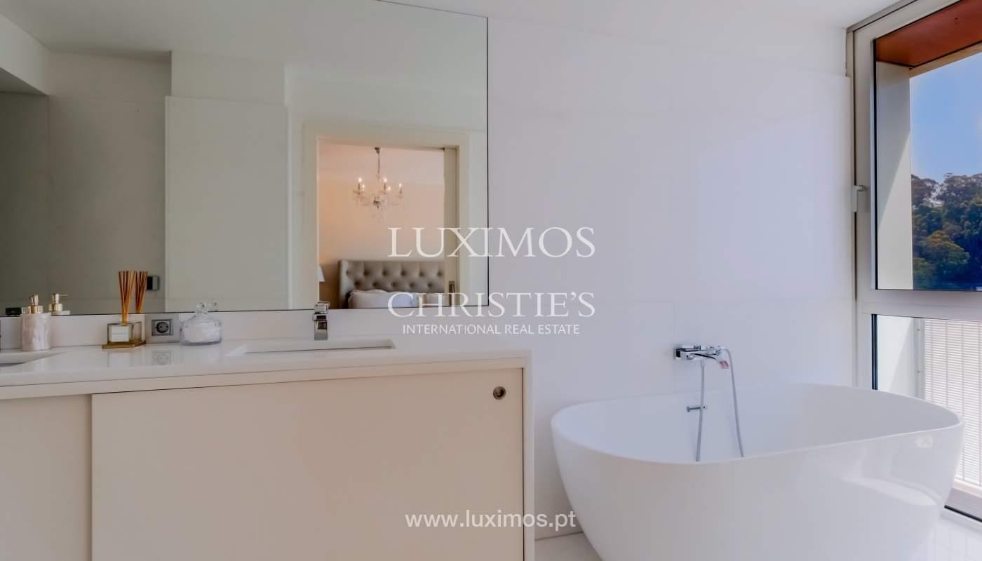 Sale of luxury apartment with river views, private condo, Porto, Portugal_106066