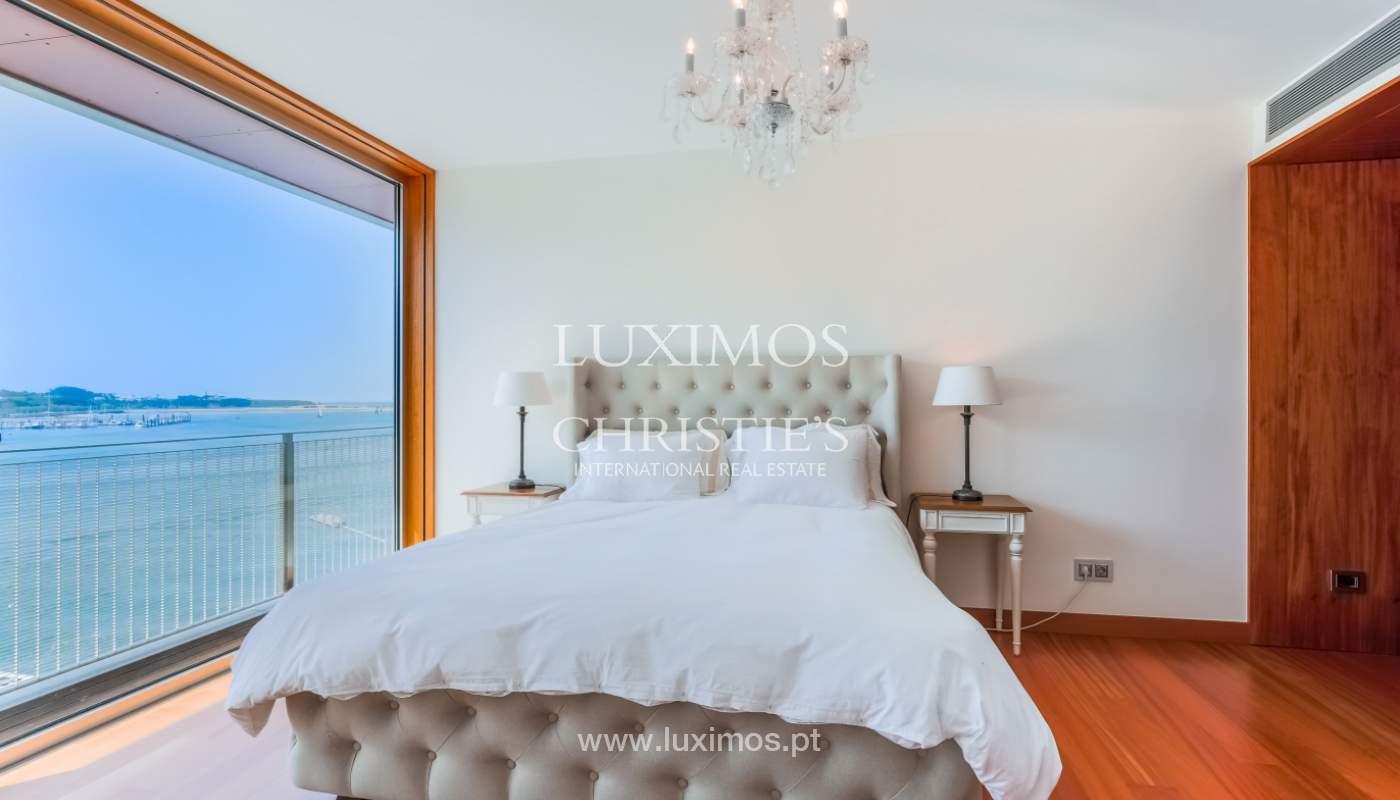 Sale of luxury apartment with river views, private condo, Porto, Portugal_106073