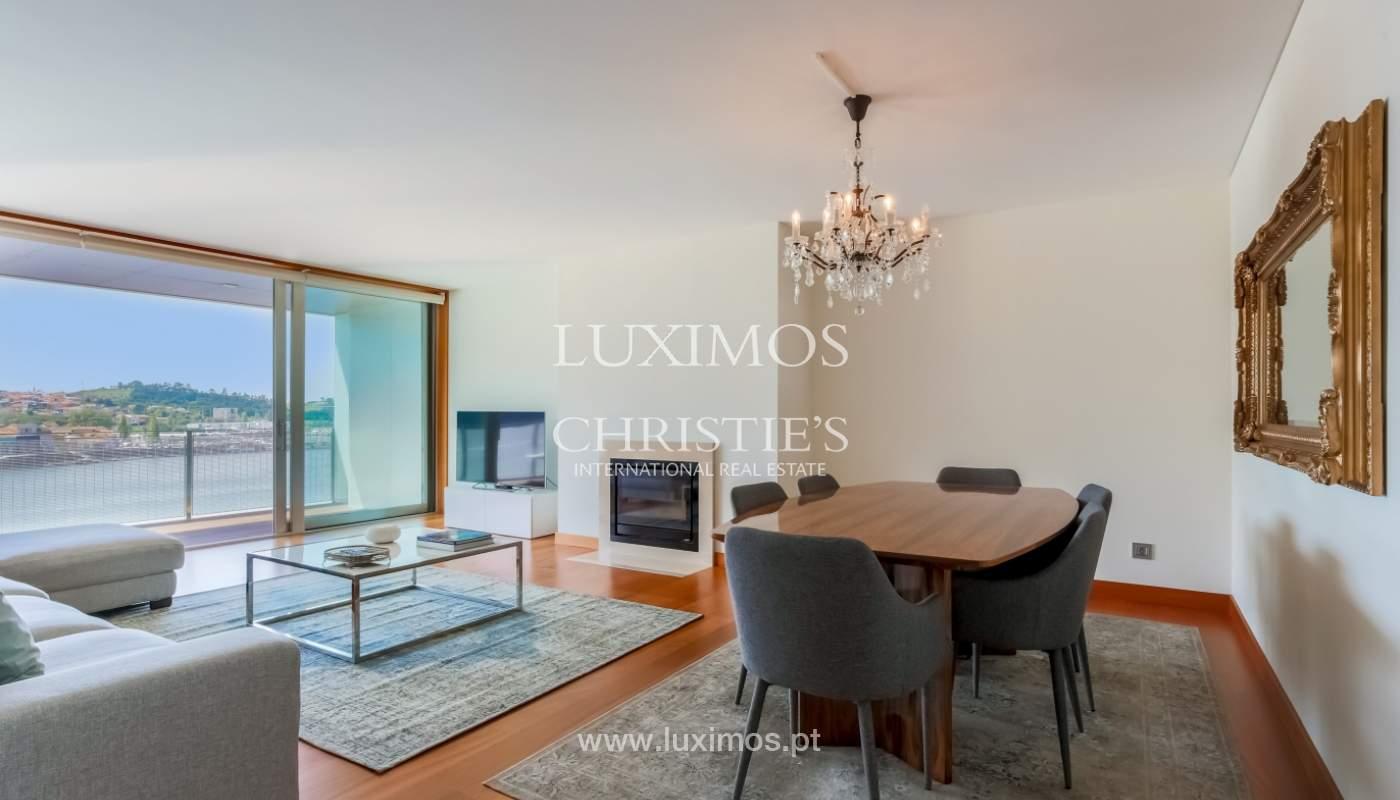 Sale of luxury apartment with river views, private condo, Porto, Portugal_106074