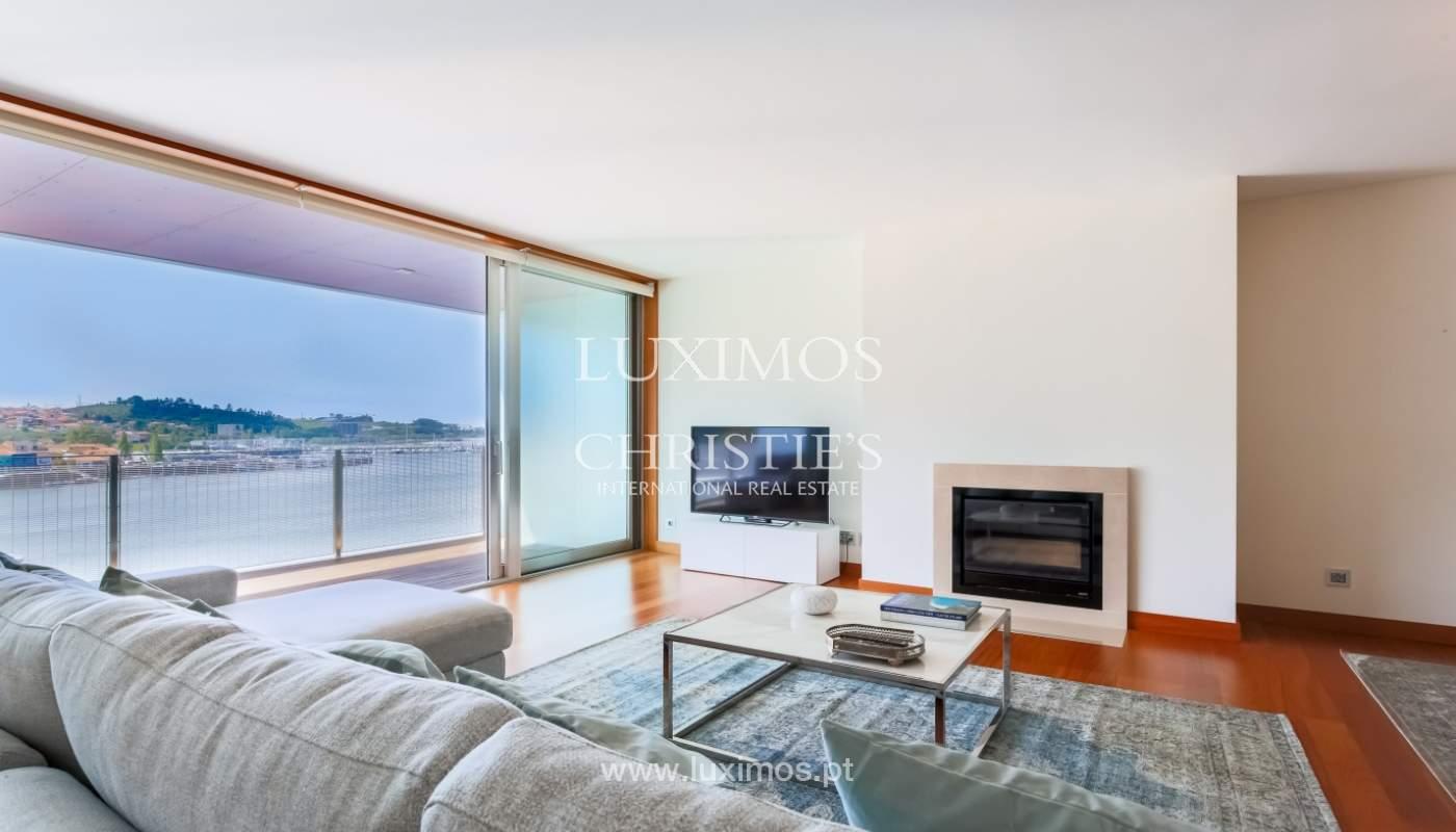 Sale of luxury apartment with river views, private condo, Porto, Portugal_106077