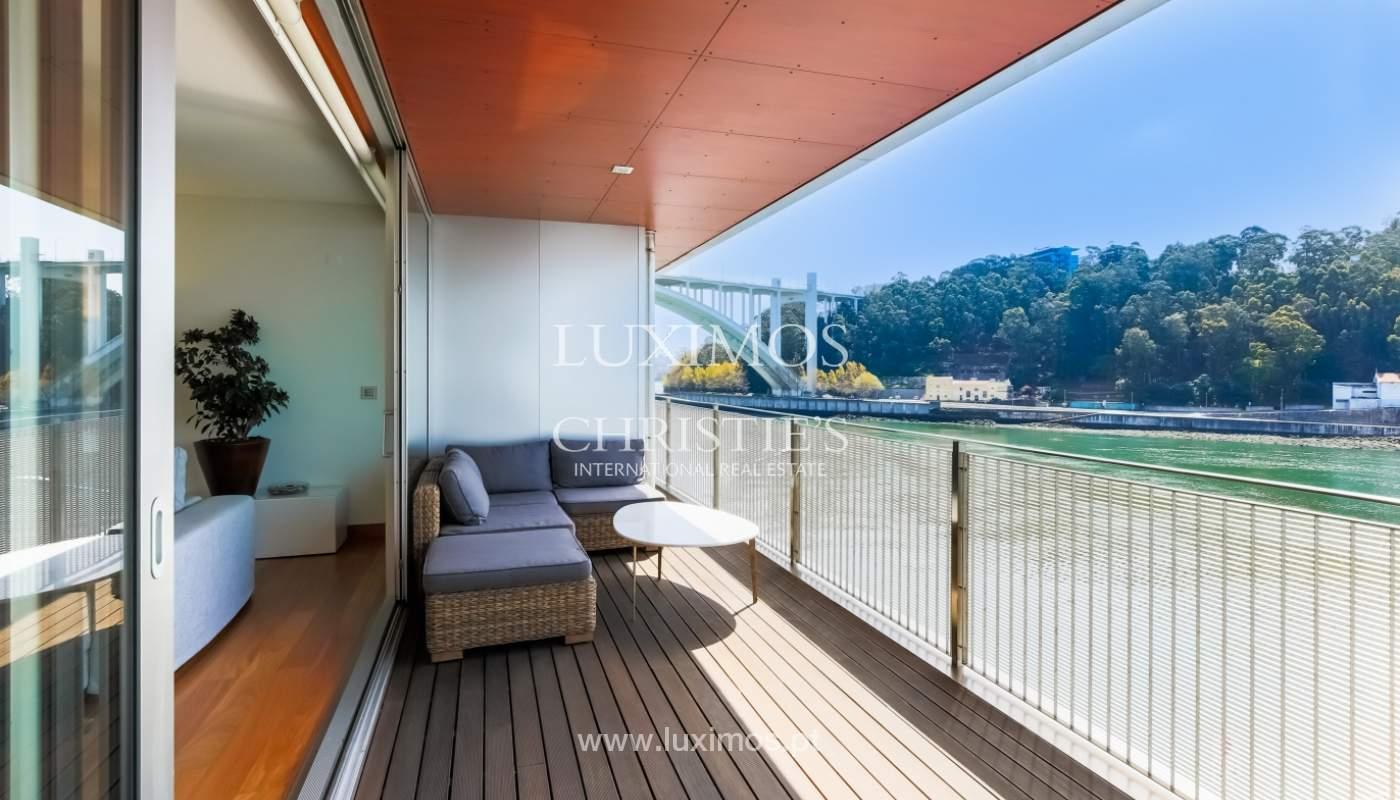Sale of luxury apartment with river views, private condo, Porto, Portugal_106078