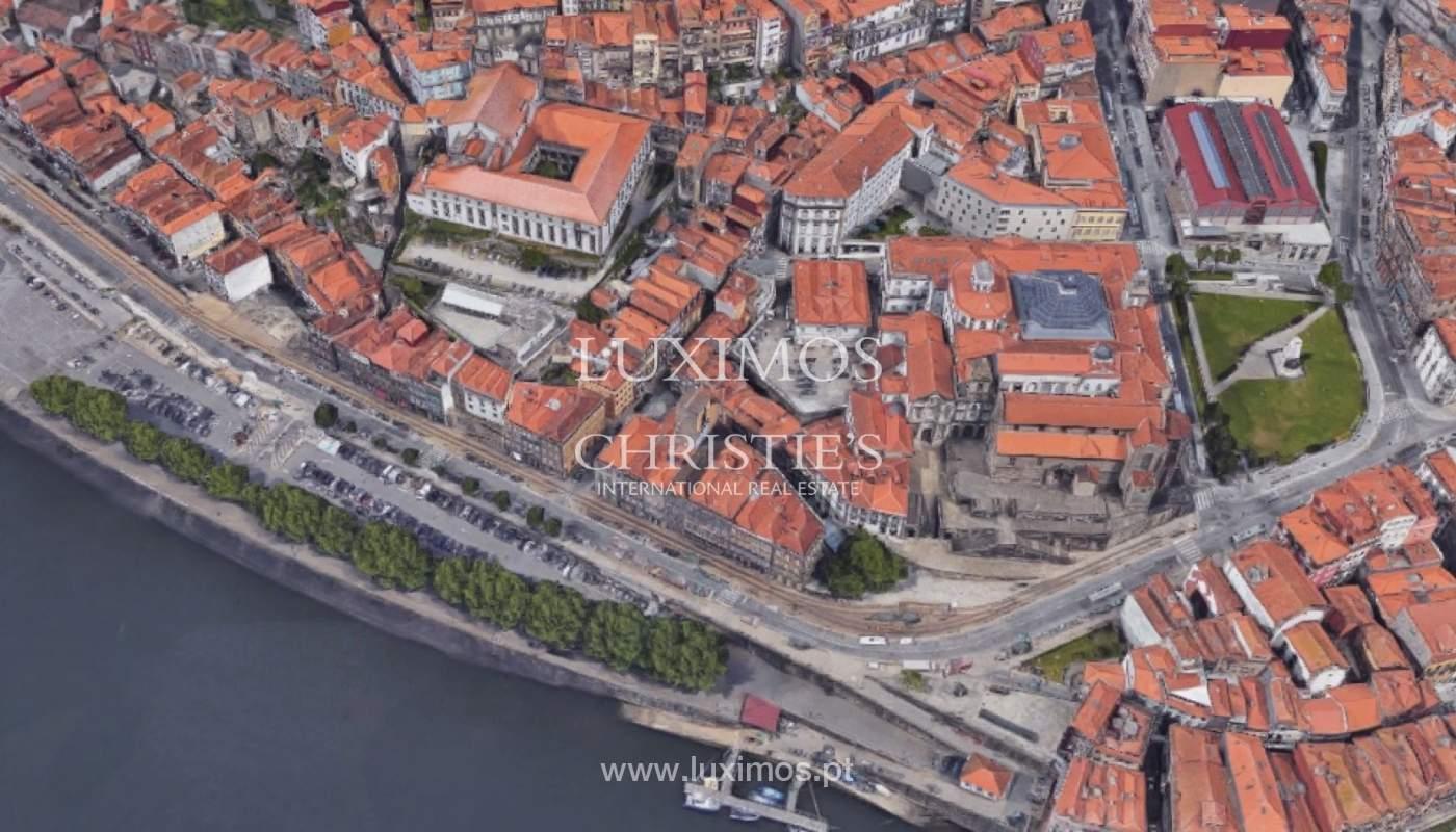 Bâtiment à vendre près de la rivière, centre-ville de Porto, Portugal_106634