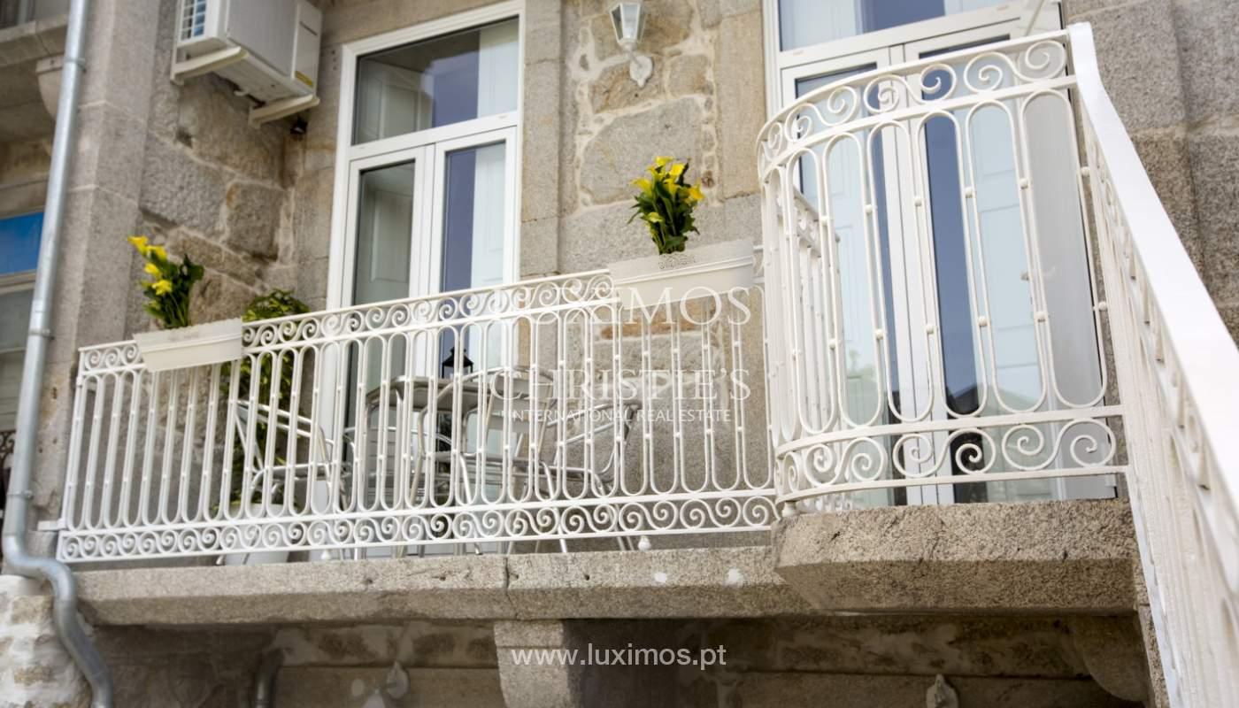 Venda de prédio com possibilidade de converter em 7 apartamentos, Porto_106781