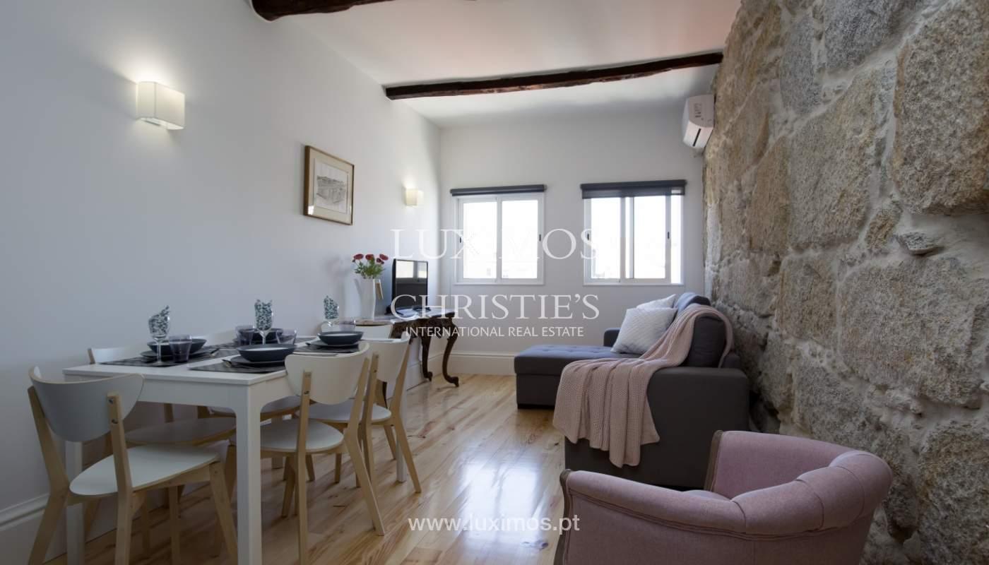 Verkauf des Gebäudes mit der Möglichkeit zum konvertieren der 7 apartments, Porto, Portugal_106788