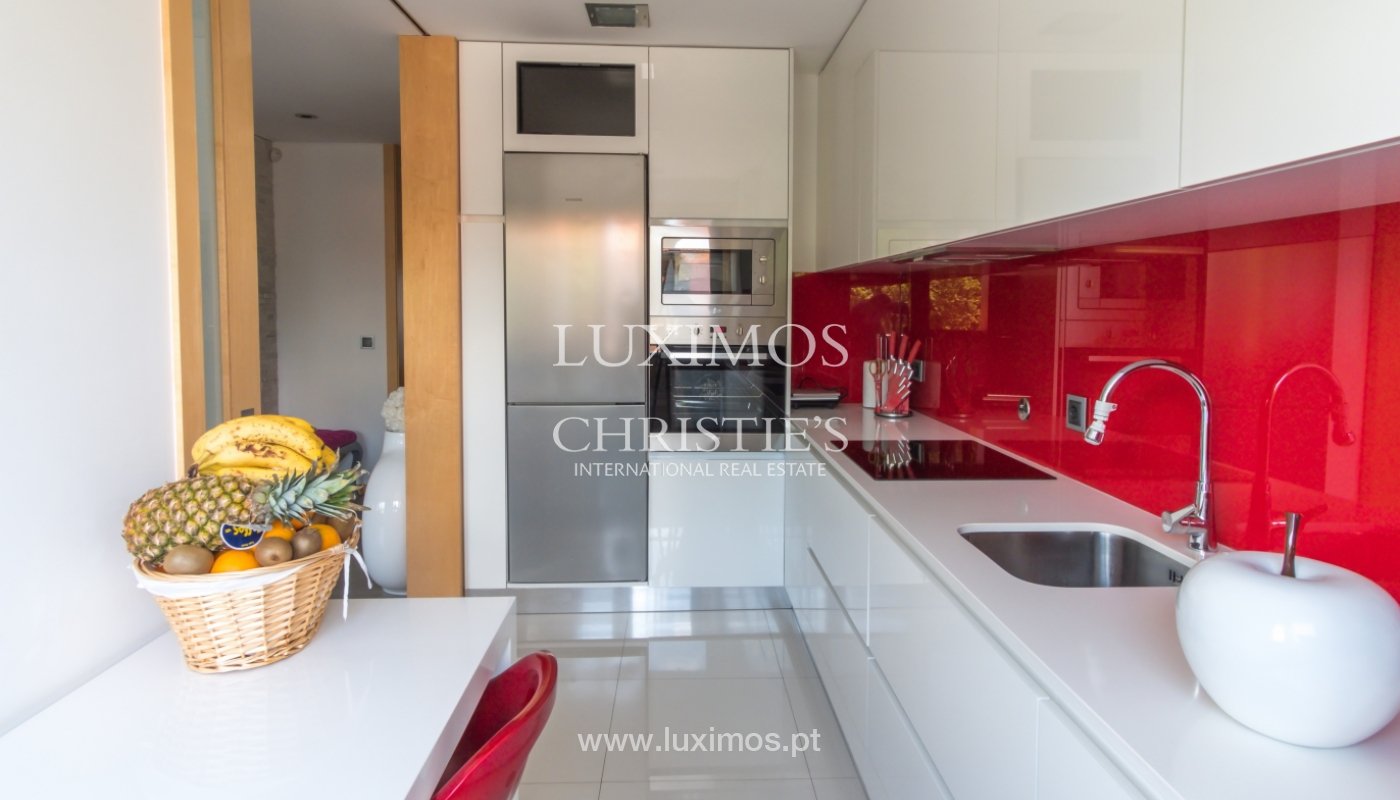 Sale of duplex contemporary apartment with a terrace, Porto, Portugal_106798