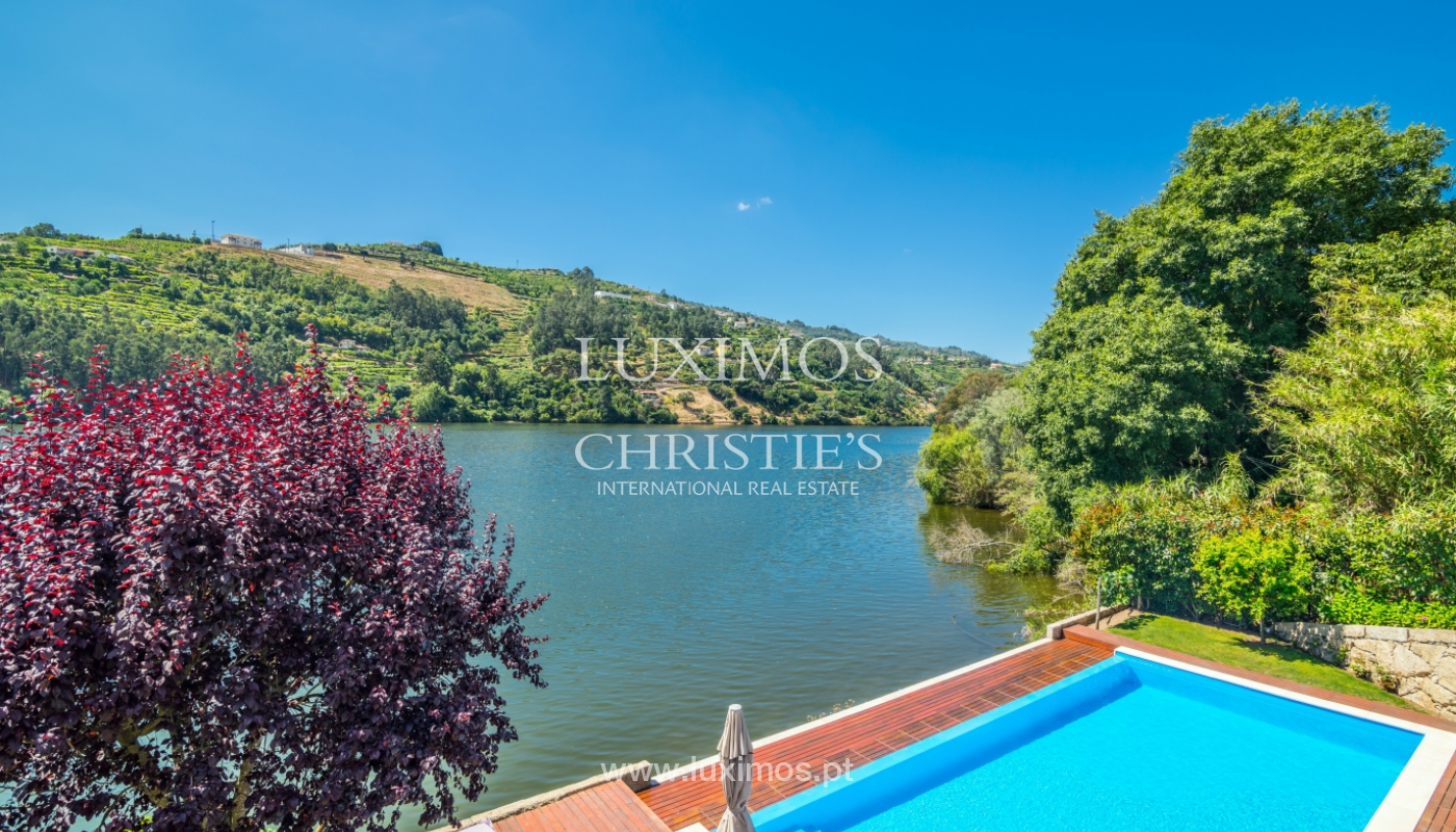 Venda de moradia com 100m de frente de rio, piscina e jardim, Baião_107028
