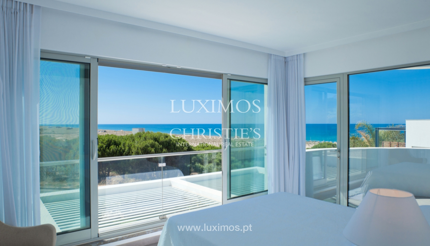 Villa à vendre au bord de la mer à Vale do Lobo, Algarve, Portugal_108560