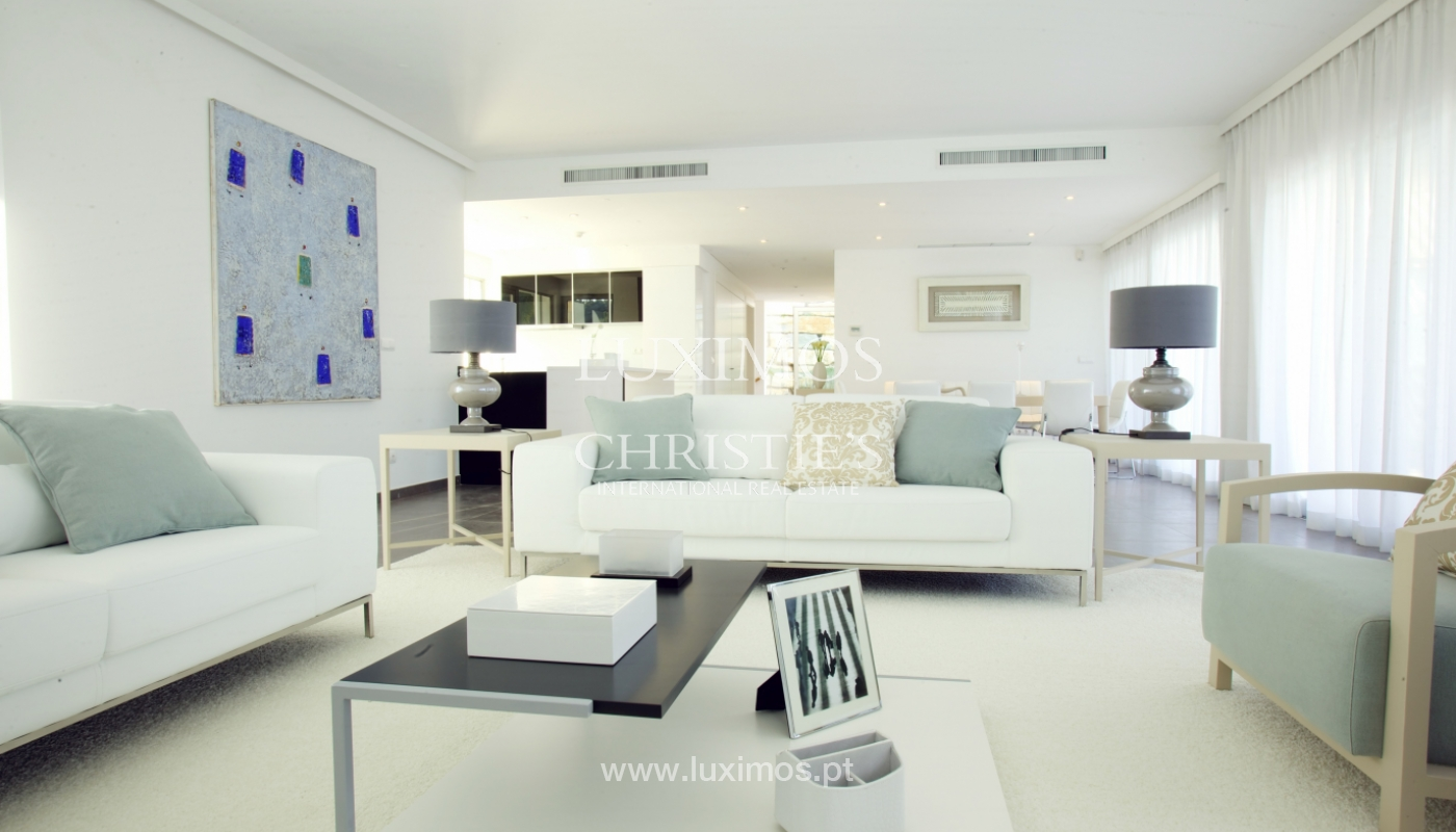 Villa à vendre au bord de la mer à Vale do Lobo, Algarve, Portugal_108568