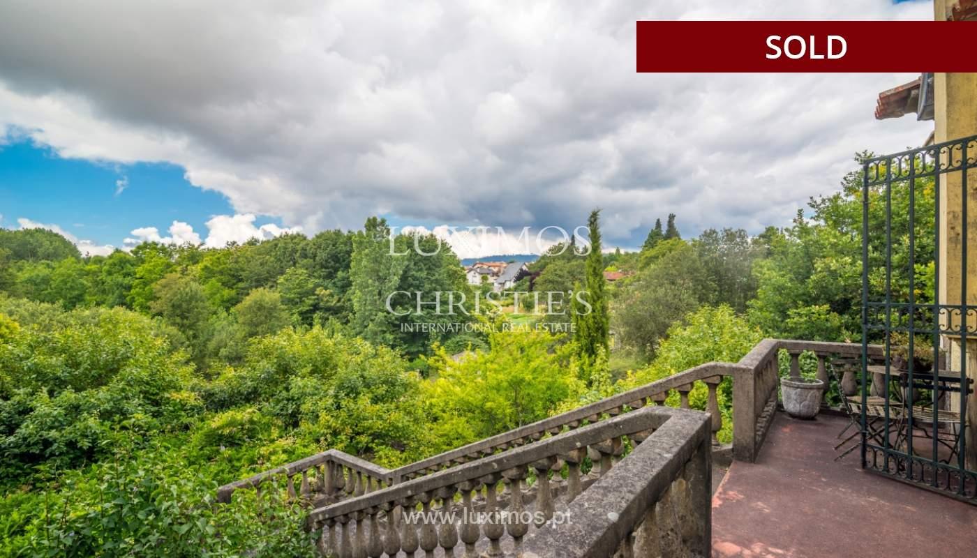 Venda de casa de campo com amplo jardim e terraço, Paços de Ferreira_108621