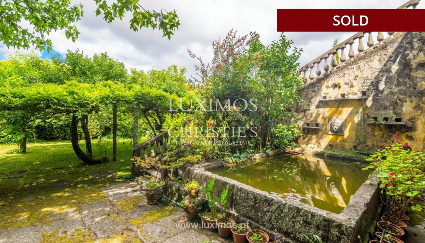 Venda de casa de campo com amplo jardim e terraço, Paços de Ferreira_108622