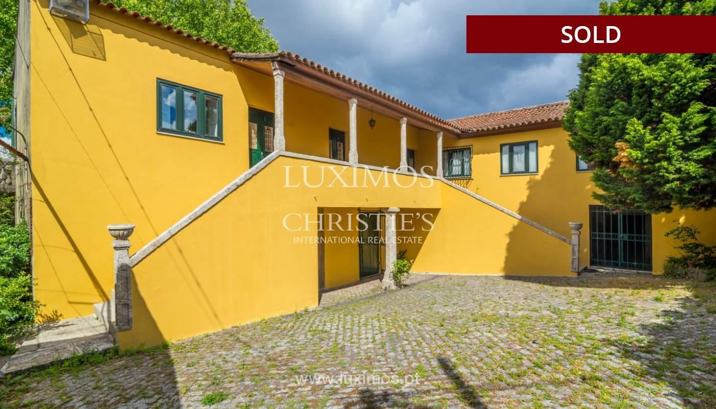 Venda de casa de campo com amplo jardim e terraço, Paços de Ferreira_108625