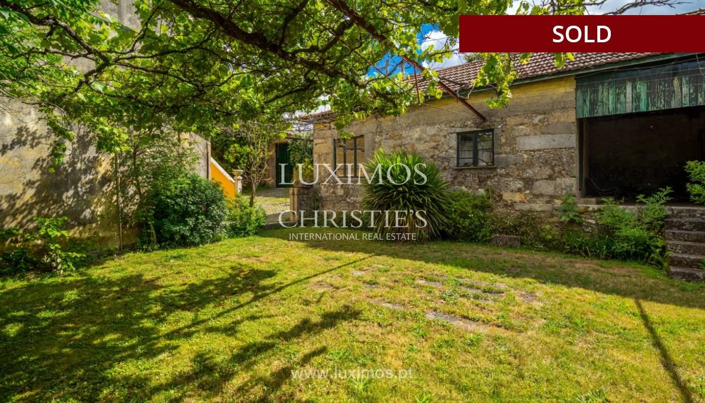 Venda de casa de campo com amplo jardim e terraço, Paços de Ferreira_108627