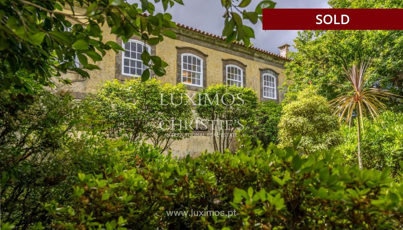 Venda de casa de campo com amplo jardim e terraço, Paços de Ferreira_108628