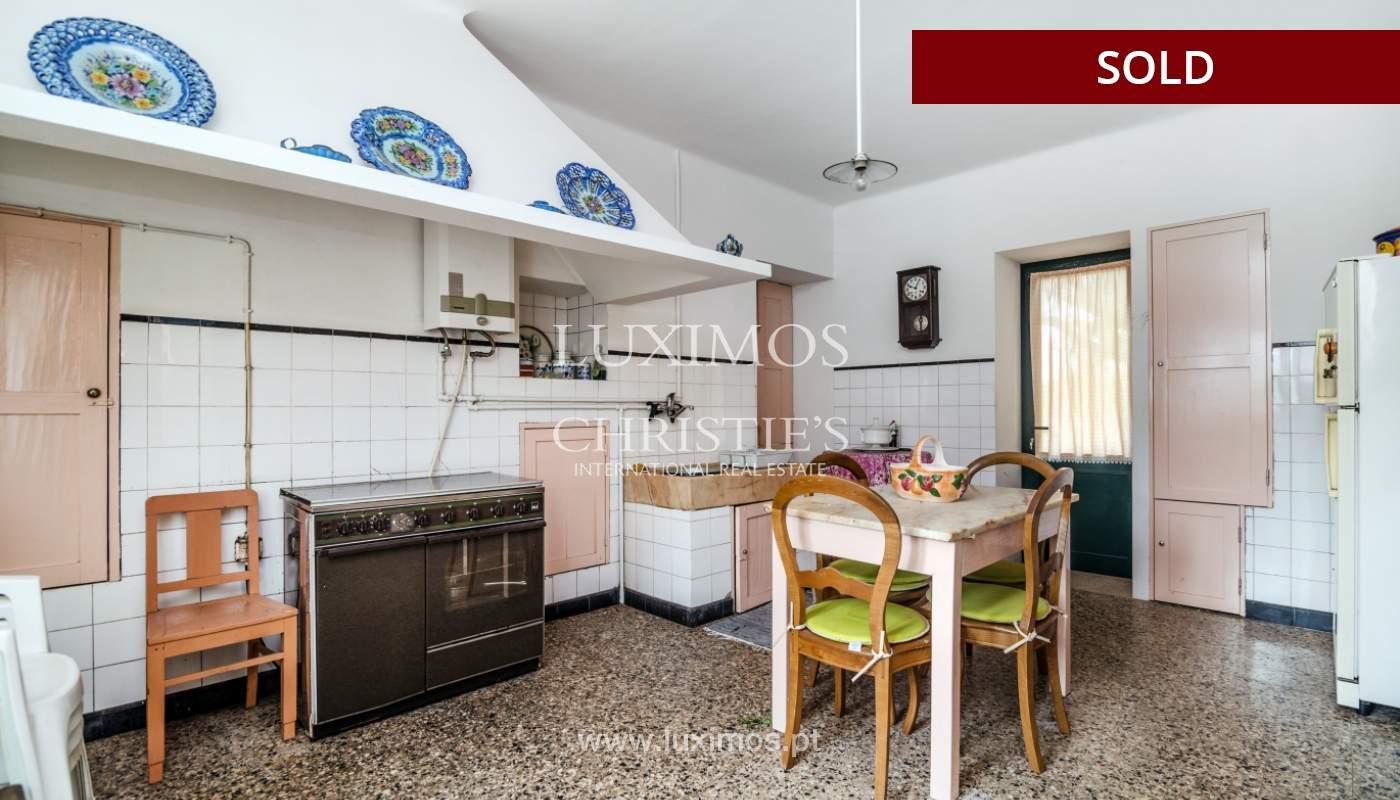 Venda de casa de campo com amplo jardim e terraço, Paços de Ferreira_108646