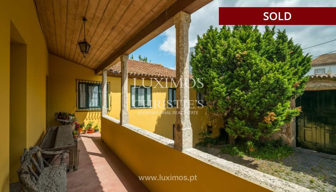 Venda de casa de campo com amplo jardim e terraço, Paços de Ferreira_108647