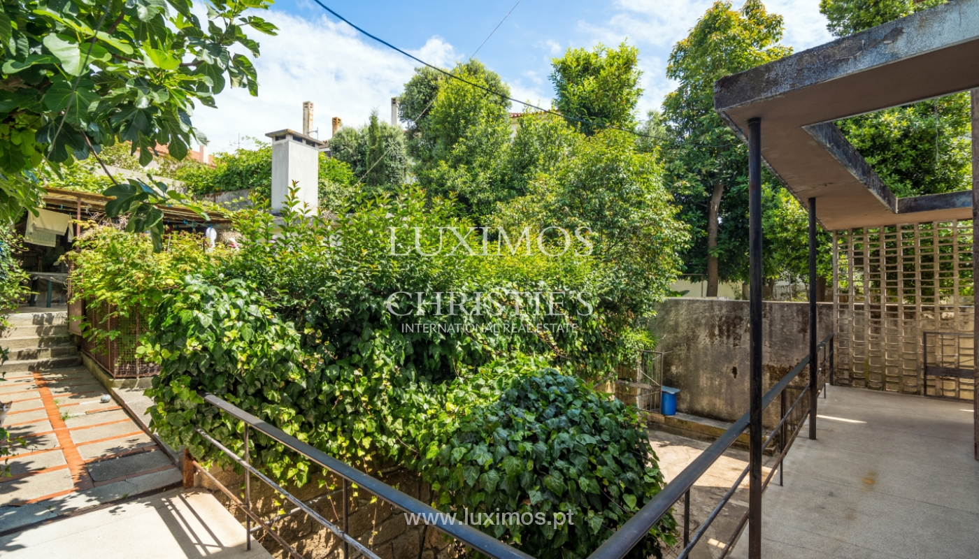 Sale of detached villa w/ patios and gardens, Paranhos, Porto, Portugal_108810