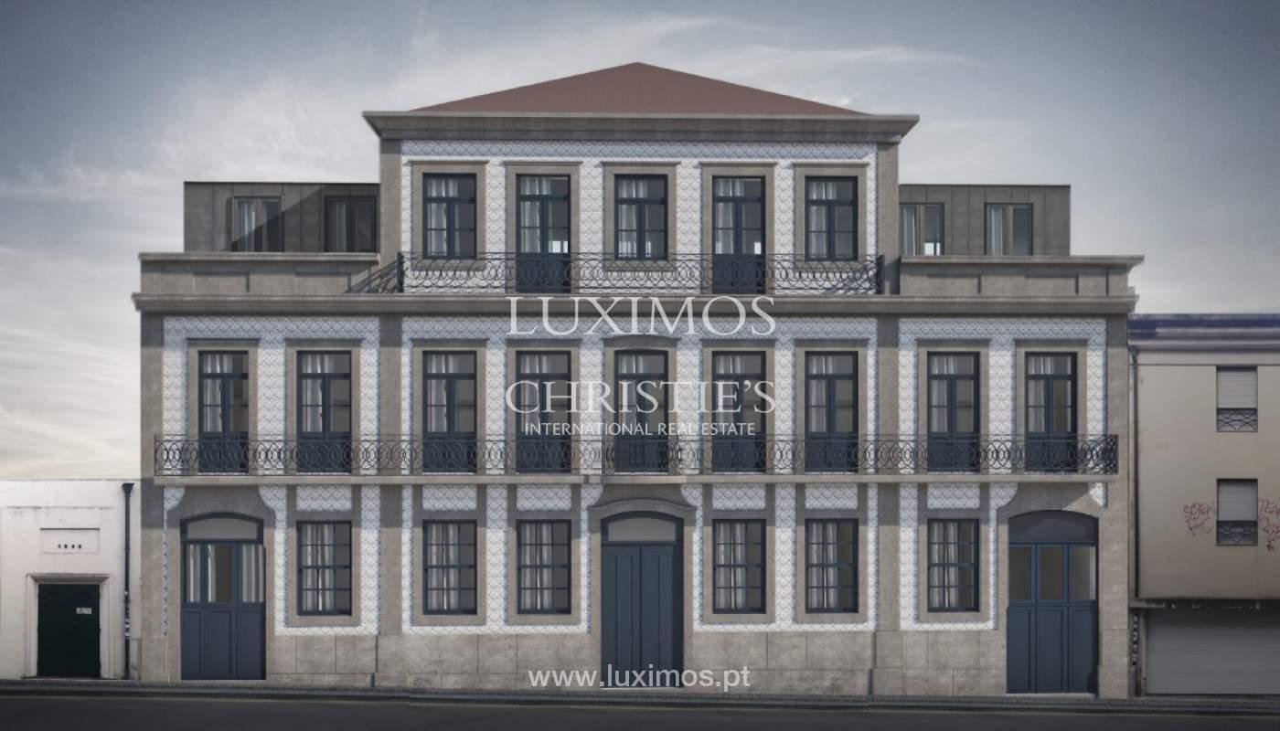 Der Verkauf der Wohnung ist neu und modern, im Herzen des Porto, Portugal_109161