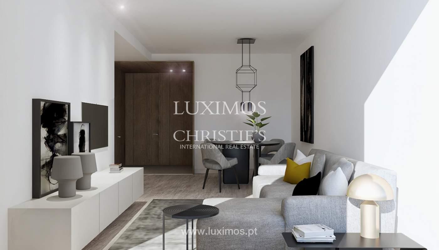 Der Verkauf der Wohnung ist neu und modern, im Herzen des Porto, Portugal_109163