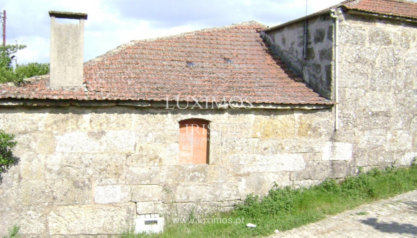 Villa for rehabilitation, with countryside and mountain views, in the North of Portugal_1092