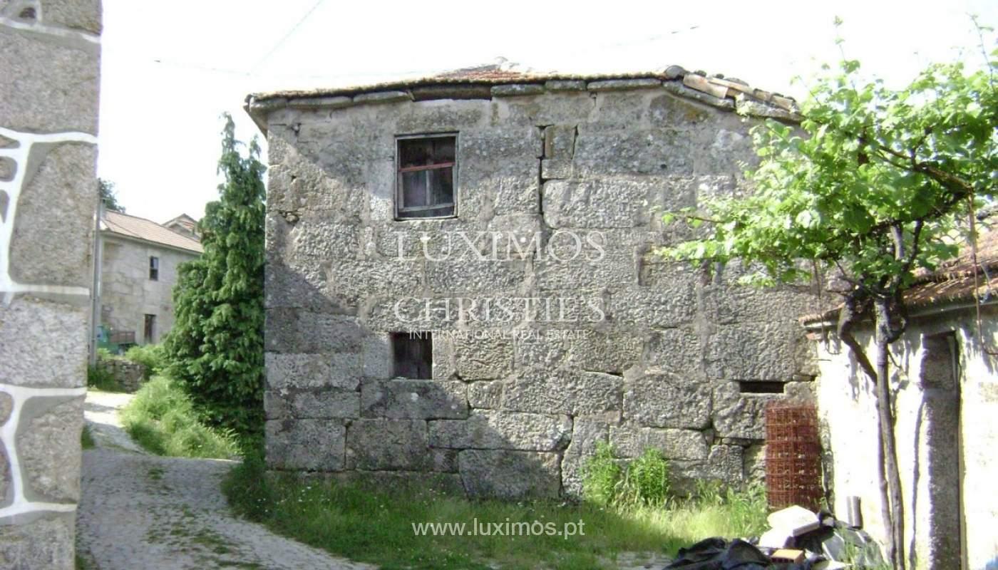 Moradia para reabilitação, com vistas de campo e serra, em Vila Pouca de Aguiar_1093