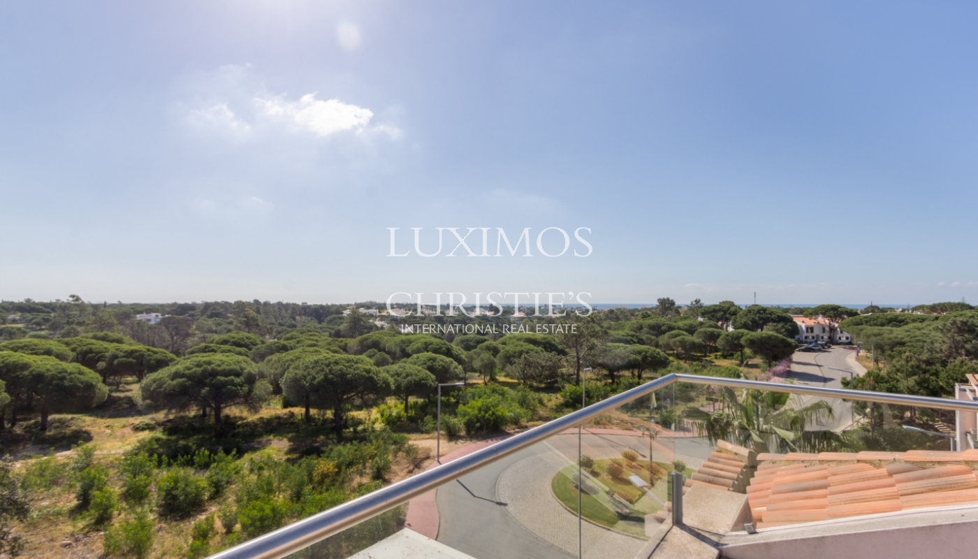 Sale of apartment with golf view in Vale do Lobo, Algarve, Portugal_109526