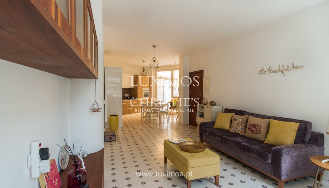 Renovated apartment in the historic area of Ribeira, Porto, Portugal_109545