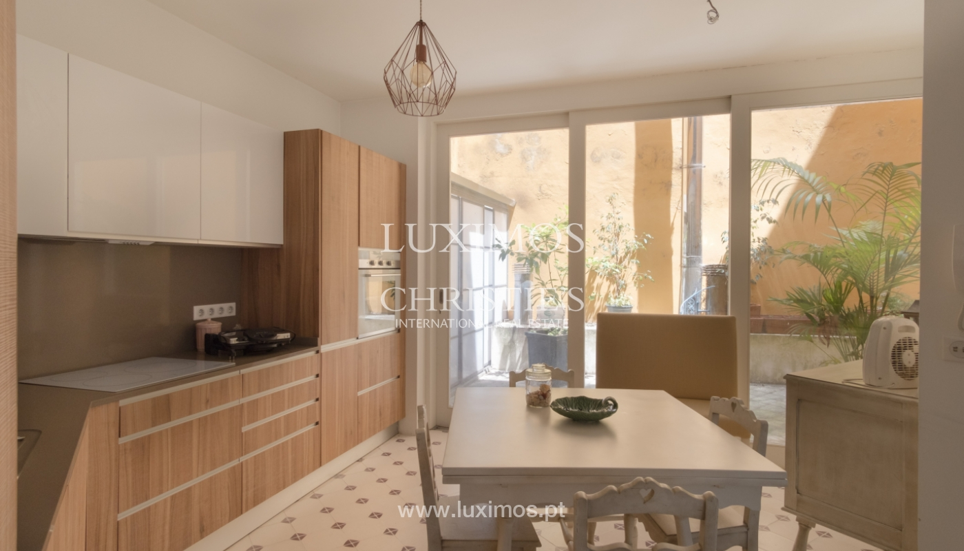 Zum Verkauf renovierte Wohnung, die Ribeira, Porto,portugal_109549