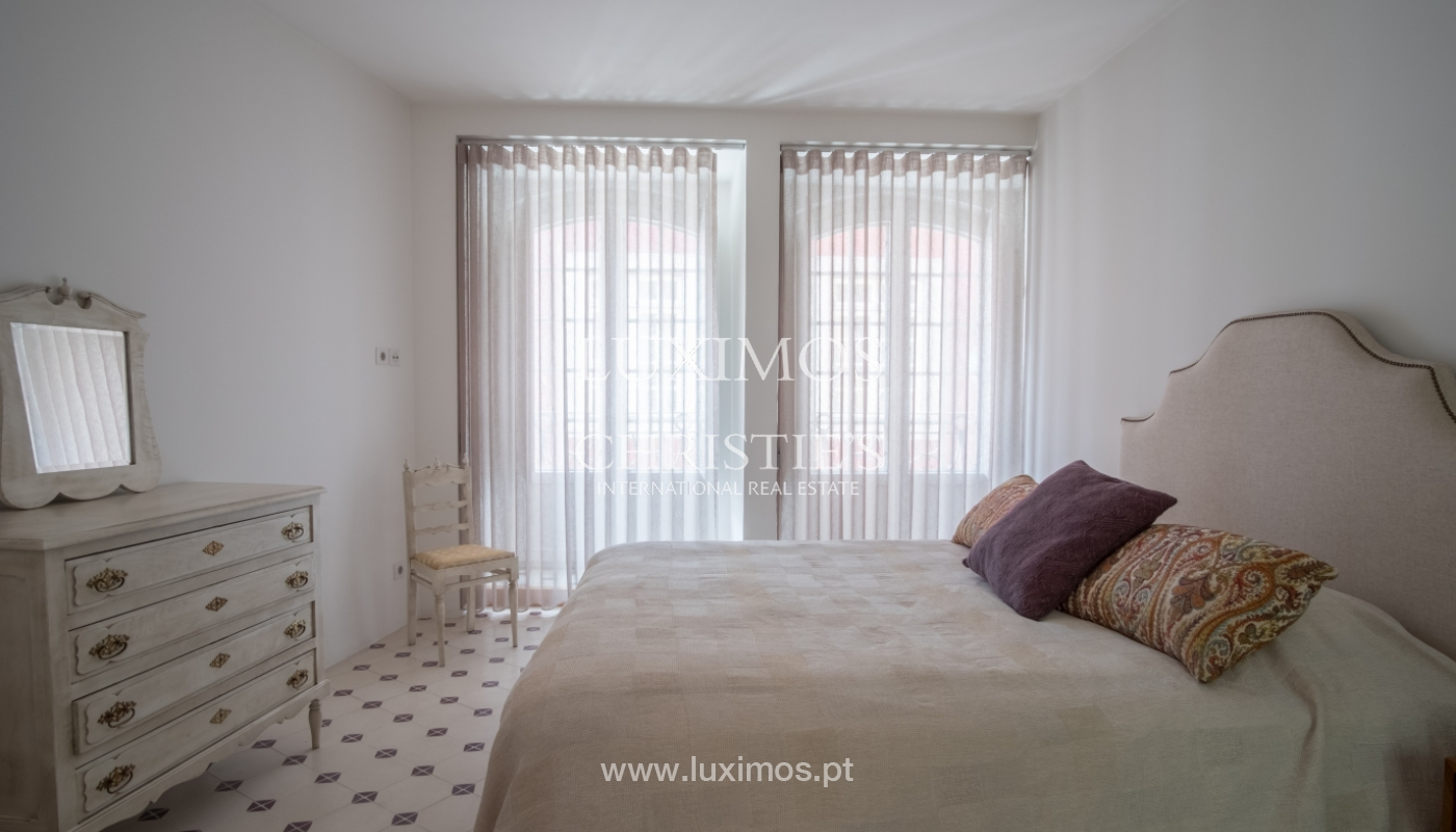 Renovated apartment in the historic area of Ribeira, Porto, Portugal_109564