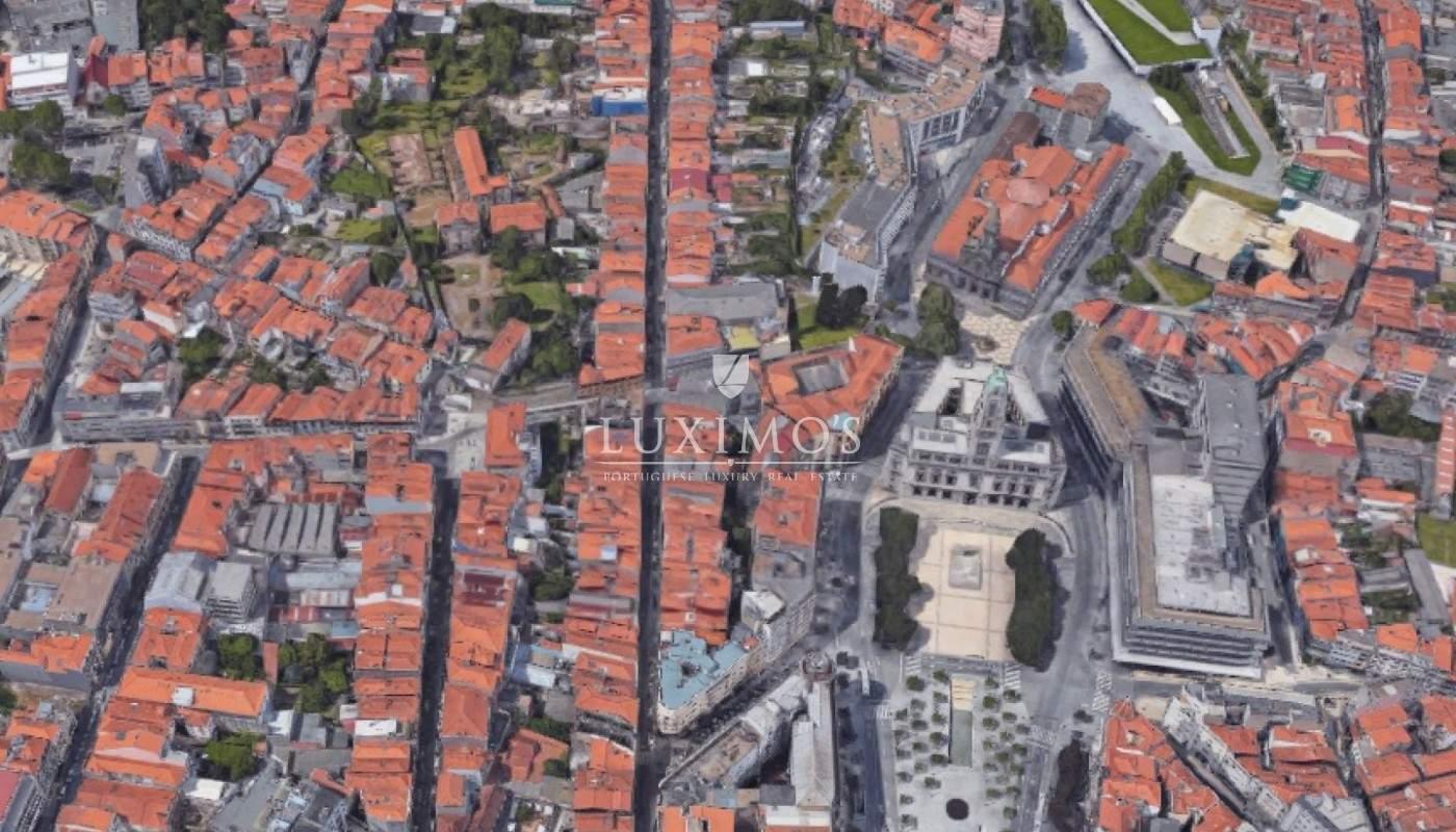 Venta de la tienda en el casco antiguo de la ciudad del Porto, Portugal_109641