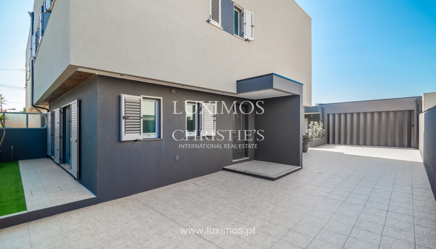 House for sale, with ocean views, Gaia_109937