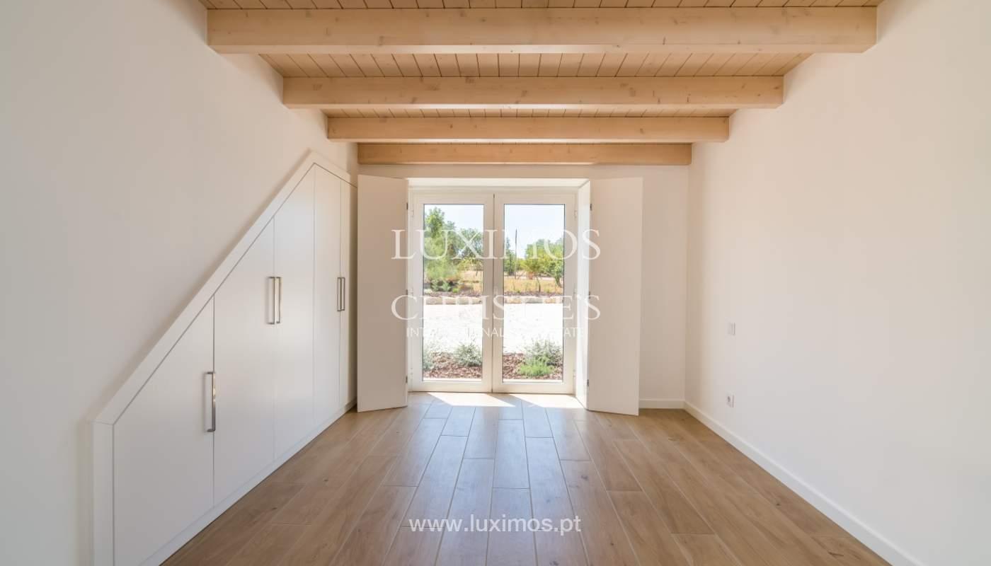 Venda de moradia nova com piscina em Albufeira, Algarve, Portugal_110506