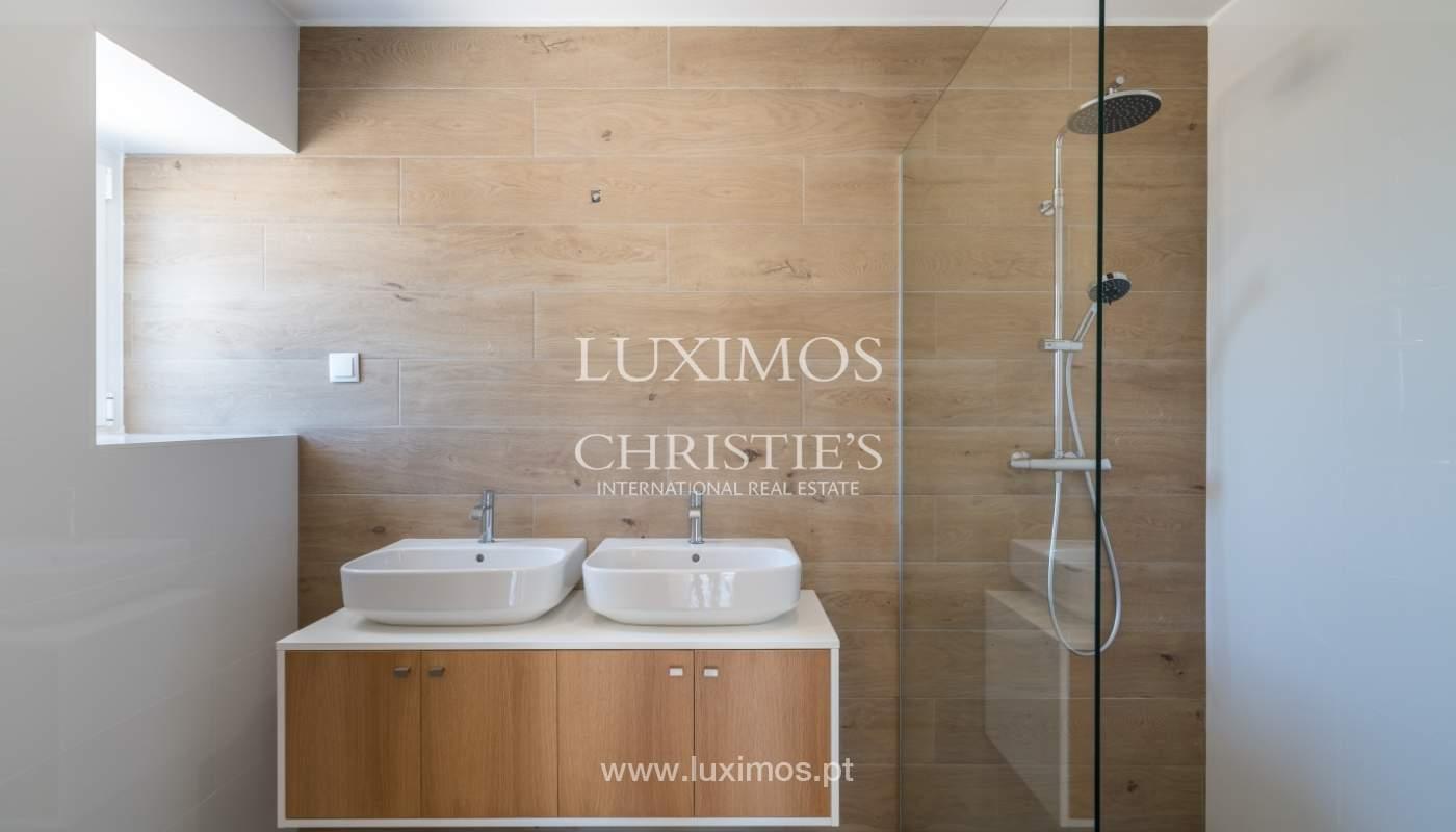 Venda de moradia nova com piscina em Albufeira, Algarve, Portugal_110510