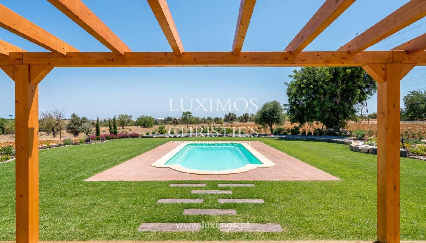 Venda de moradia nova com piscina em Albufeira, Algarve, Portugal_110521