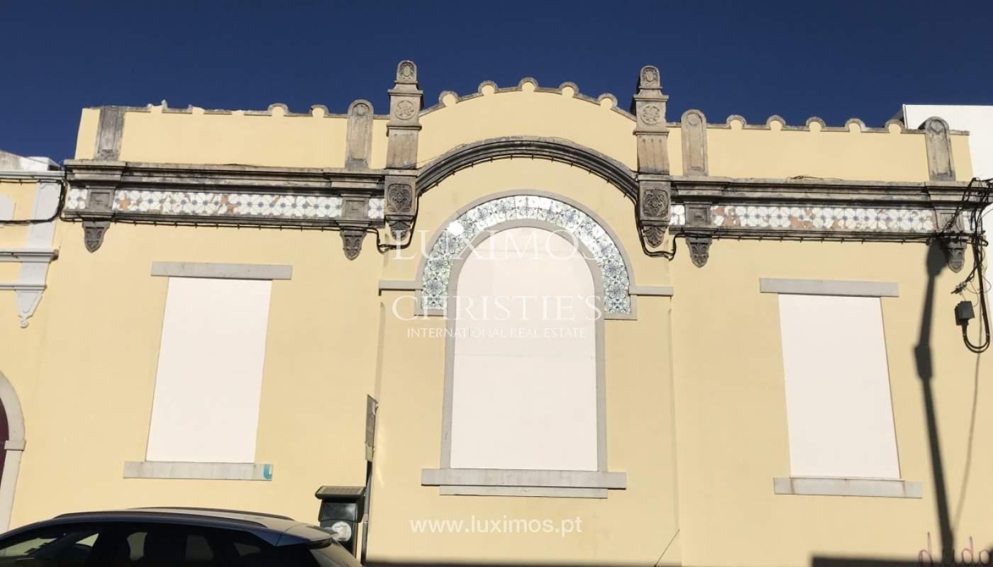 Verkauf von zerstörten Gebäuden in Faro, Algarve, Portugal_110688