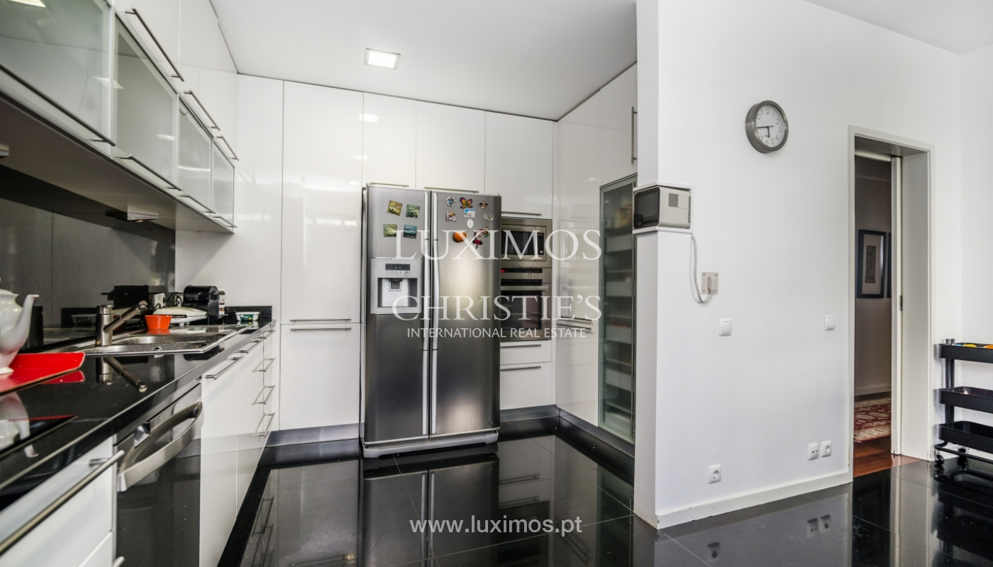 Excellent refurbished apartment for sale, near the beach, Porto, Portugal _110725