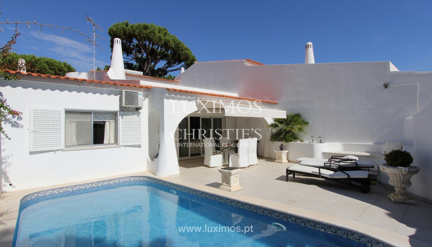 Sale of villa with pool in Vale do Lobo, Algarve, Portugal_110874